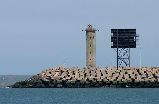 B | Zeebrugge (Mole Oost)